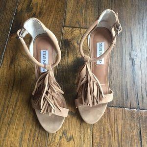 Steve Madden SASHI Tan/Nude fringe T strap heels